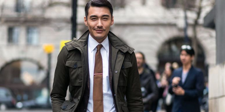landscape-1483995818-london-street-style-lead